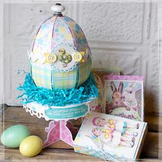 Hilary Kanwischer's Easter project using the Poplar Street Tulips SVG Kit from SVGCuts, the Sizzix machine and gorgeous paper from Authentique :) Easter Projects, 3d Projects, Easter Ideas, Diy Projects To Try, Easter Crafts, Pocket Scrapbooking, Team Member, Pretty Pastel, Svg Cuts