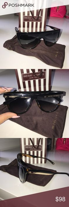 "HENRI BENDEL SUNGLASSES! ""BELLA FLAT TOP"" ""BELLA FLAT TOP"" style ! Worn only a few times! Perfect condition! henri bendel Accessories Sunglasses"