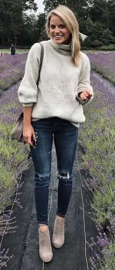 Casual Outfit Idea Sweater Plus Bag Plus Rips Plus Boots