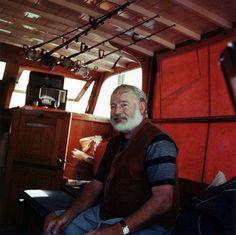 Ernest Hemingway ( 1899 - 1961 )