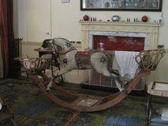 rocking-horse-at-berrington-hall-herefordshire-june-2011-1.jpg 1600×1200 пиксел.