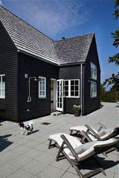Steal This Look Copenhagen summer house ; Gardenista