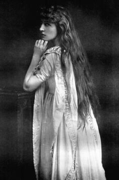 Edwardian actress Lillie Langtry, mistress to the Prince of Wales
