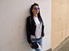 Piccola borsa con borchie/ Stile punk/ Borsa di VanessaVanHandmade