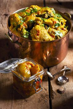 Indiese hoenderkerrie  | SARIE |  Indian chicken curry