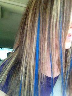 Dirty blonde color with blue extensions Girl Hair Colors, Hair Color Blue, Blonde Color, Blue Hair Streaks, Blue Hair Highlights, Edgy Hair, Glam Hair, Blue Tips Hair, Hair Color Underneath