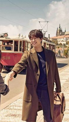 Love youu ahjussii 😙😙😙 Hot Korean Guys, Korean Men, Korean Actors, Coffee Prince, Gong Yoo, Train To Busan, Goblin The Lonely And Great God, Kyung Hee, Goong