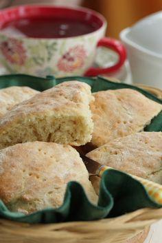 Omenaminttu: Teeleivät ja keväthanget Korn, Scones, Cornbread, Recipies, Rolls, Baking, Breakfast, Ethnic Recipes, Breads