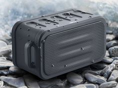 Hitachi waterproof Bluetooth speaker