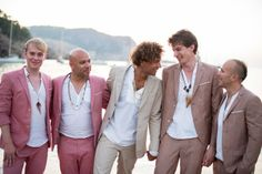 casual-groomsmen