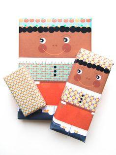 Leuk voor een chocolade letter, boek of DVD! Sinterklaas inpakpapier Zwarte Piet  door HomemadeHappinessNL, $3.50