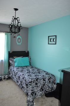 Bedroom Decorating Ideas Teal paris, black white and teal attic bedroom | attic room make over