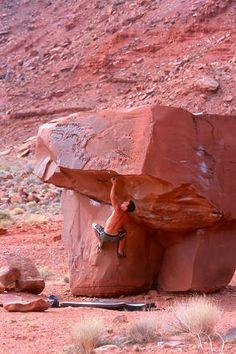 Moab bouldering. Big Bend area.
