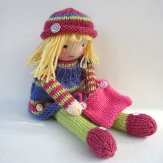 Betsy Button - knitted toy doll - INSTANT DOWNLOAD - PDF email knitting pattern - ePattern