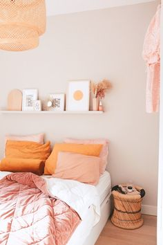 Unique Home Decor .Unique Home Decor Home Bedroom, Bedroom Decor, Bedroom Ideas, Bedroom Designs, Bedroom Inspiration, Dream Bedroom, Modern Bedroom, Interior Inspiration, Bedroom Orange