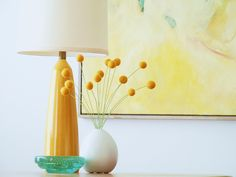 Felt Crespedia (Billy Buttons) - from http://www.designsponge.com/2011/06/diy-project-felt-billy-balls.html