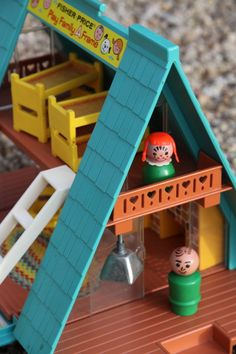 1974 Fisher Price Little People Play Family A Frame.