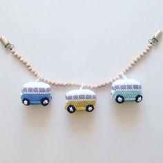 Mini VW van By @susanne_stephansen #crochet #baby #babyboy #grenediy #pramchain