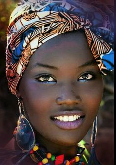 Absolutely beautiful - Absolutely beautiful - Hairstyles with scarf Beautiful African Women, Beautiful Dark Skinned Women, My Black Is Beautiful, African Beauty, Beautiful Eyes, Beautiful People, Dark Skin Beauty, Black Beauty, Black Women Art