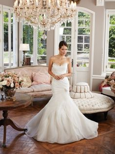 Now THIS is how you execute a mermaid skirt.  So flowy!    Style No. Y21377 »Sophia Tolli