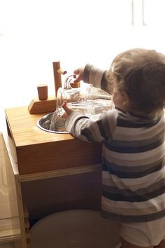 Practical life with a Montessori toddler – Hand washing