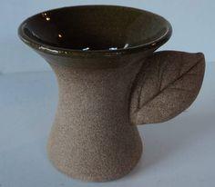 XÍCARAS DE CAFÉ EXPRESSO FOLHA | Cerâmica de Ateliê e Arte | Elo7 Pottery, Vase, Mugs, Bonsai, Espresso Cups, Ceramic Mugs, Coffee Cup, Spoons, Cups