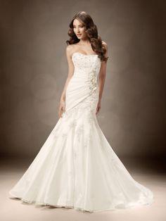 Fit N Flare Floor Length Scoop Taffeta & Organza Wedding Dress With Appliques