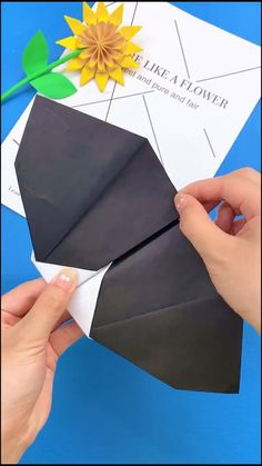 Cool Paper Crafts, Paper Crafts Origami, Diy Paper, Fun Crafts, Arts And Crafts, Metal Crafts, Creative Crafts, Diy Crafts Hacks, Diy Crafts For Gifts
