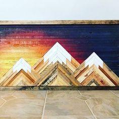 Boho wall Art - Rustic Mountain Wood Wall Art with Sunset Skies Wood Wall Art Decor, Diy Wall Art, Framed Wall Art, Wall Decor Boho, Wood Wall Design, Diy Wand, Diy Wood Projects, Woodworking Projects, Art Projects