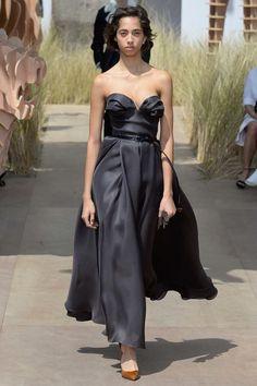 Christian Dior Fall 2017 Couture Fashion Show - Yasmin Wijnaldum