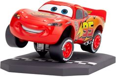Revoltech Pixar Collection: Lightning McQueen (Cars) #003