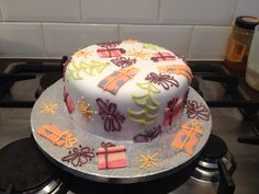 Kitsch Christmas cake.