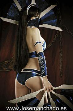 Kitana - Mortal Kombat cosplay