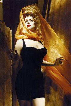 Dianne Brill mannequin by Rootstein