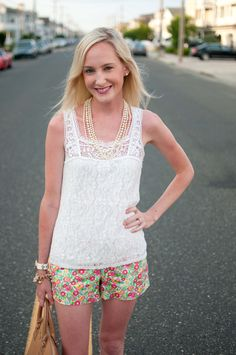 Shore Days: Floral Shorts, Hot Pink Sperrys and Lobster Dinners - Kelly in the City