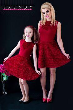 Изключително женствено и нежно предложение - рокля Red Roses за малки и големи дами! Красива и стилна, с нея ще се чувствате комфортно и ще привличате всички погледи! Mother Daughter Outfits, My Mom, Crochet Patterns, Crochet Dresses, Knitting Ideas, Formal Dresses, Knit Crochet, Collection, Fashion