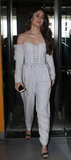 48 Ideas Wedding Indian Saree Sonam Kapoor For 2019 Bollywood Stars, Bollywood Fashion, Bollywood Celebrities, Bollywood Actress, Hot Actresses, Indian Actresses, Kareena Kapoor Saree, Karena Kapoor, Veere Di Wedding