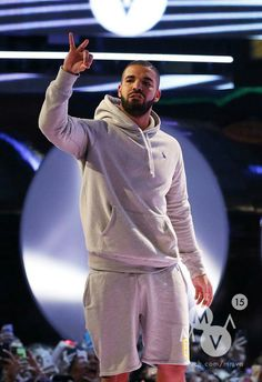 Your daily dose of Drake and OVO Drake Wallpapers, Drake Drizzy, Drake Ovo, Drake Graham, Aubrey Drake, Man Crush Everyday, American Rappers, The Weeknd, Sexy Men