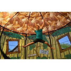 Tr&oline with Detachable Tree House Tent Enclosure  sc 1 st  Pinterest & JumpPod 15 ft Round Trampoline w/enclosure and detachable tree ...