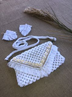 Watch full tutorial | Lumi Bespoke | DIY | Learn how to create this Macrame bag. Sold under South African Fashion Brand @lumibespoke. Learn to make your own Macrame Bag, Macrame Knots, Make Your Own, Make It Yourself, How To Make, Half Hitch Knot, South African Fashion, Fashion Brand, Crochet Bikini