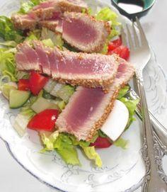 Thunfisch an Salat