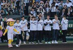 : 170604 Press photos of BTS at the Ceremonial First Pitch for the Hanshin Tigers vs Nippon Ham Fighters Baseball Match. _ #방탄소년단 #BTS #RapMonster #랩몬스터 #Jungkook #정국 #V #뷔 #Suga #슈가 #Jhope #제이홉 #Jin #진 #jimin #지민