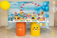 Pokemon dessert table - Pokemon Birthday Party Celebration ♥ steel drums with Pokemon faces ♥ Pokemon Birthday bunting ♥ Poke ball cake pops ♥ Pokemon cookies ♥ Pokemon drinks