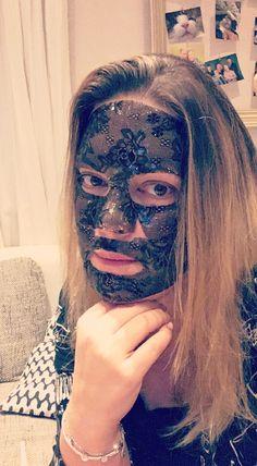 Coole Gesichtsmaske von Chiara Ambra (Werbung/not sponsored)
