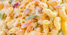 Sweet Macaroni Salad - seriously THE BEST macaroni salad EVER! I took this to a potluck and it was Amish Macaroni Salad, Best Macaroni Salad, Sweet Pasta Salads, Amish Recipes, Cooking Recipes, Macoroni Salad, Pasta Facil, Sweet Condensed Milk, Pasta Salat