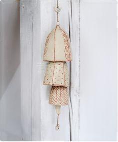 """Wind chime """"Triple bell"""" hand-painted. Potrójny dzwonek, ręcznie malowany by Benusha - ceramika"""