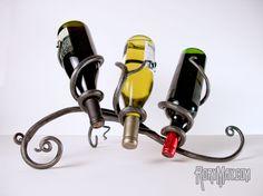 rory-may-artist-blacksmith-wine-bottle-holder-front