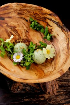 Pannacotta made with matcha tea, weeds, flowers, whole grain and pollen!  the bees knees dessert for spring
