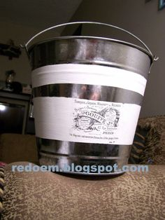 galvanized bucket how to decorate in vintage style
