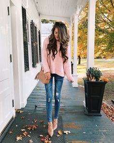Goodnight Macaroon pink sweater (on sale!) // Goodnight Macaroon distressed jeans // Gucci handbag // lace-up heels, similar HERE Autumn Look, Fall Looks, Autumn Winter Fashion, Fashion Fall, Fall Outfits, Casual Outfits, Cute Outfits, Rosa Pullover Outfit, Pink Sweater Outfit